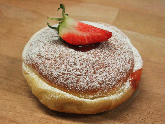 Erdbeer-Limes-Krapfen-1-feature