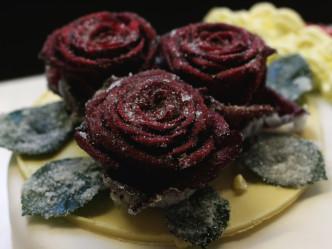 Echte Rosen gezuckert