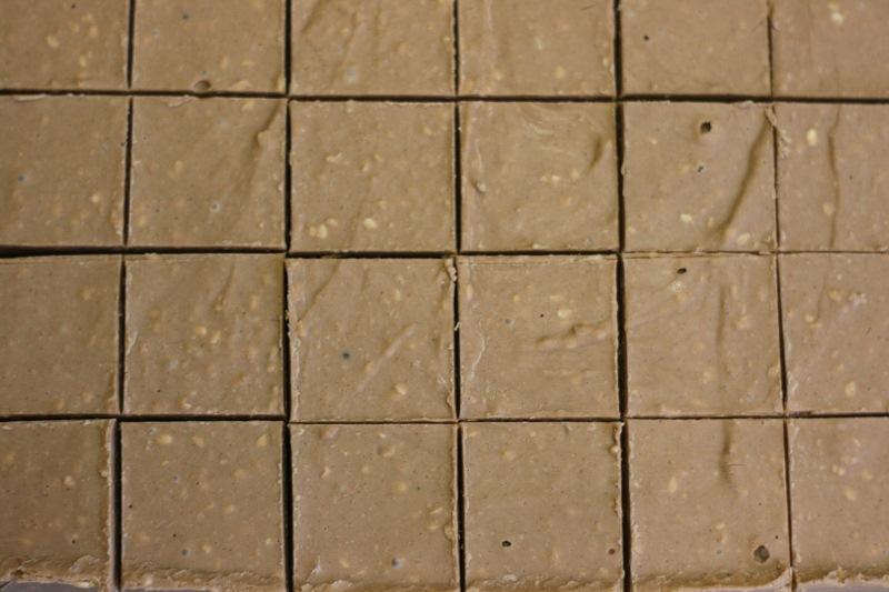 Sesam-Nougat-Quadrate